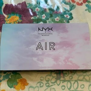 NYX Limited Edition Air Palette